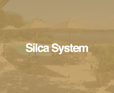 silca system base with beach umbrellas